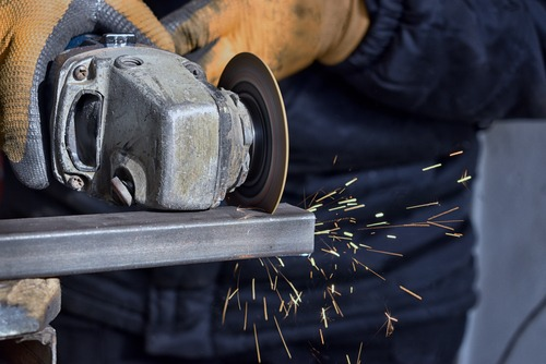 easy way to cut metal